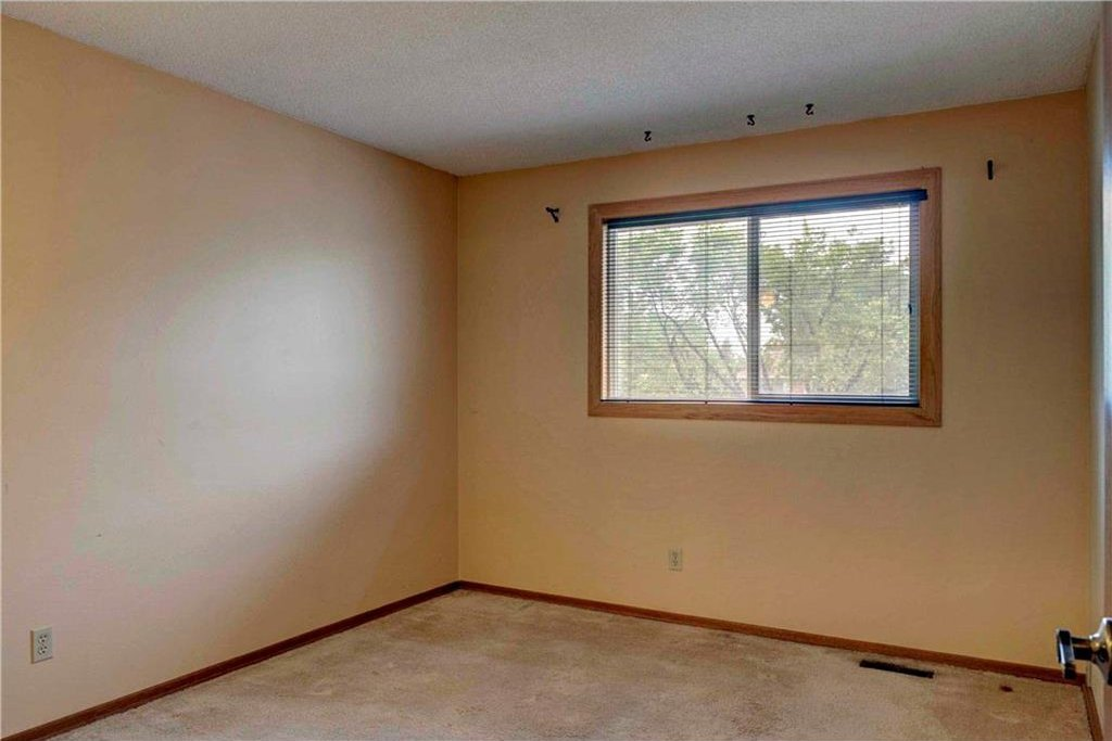 Photo 31: Photos: 543 WOODPARK Crescent SW in Calgary: Woodlands House for sale : MLS®# C4136852