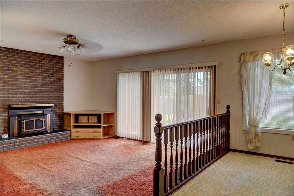 Photo 16: Photos: 543 WOODPARK Crescent SW in Calgary: Woodlands House for sale : MLS®# C4136852