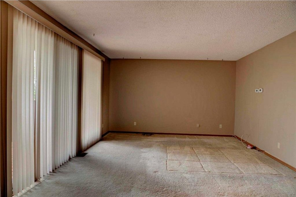 Photo 26: Photos: 543 WOODPARK Crescent SW in Calgary: Woodlands House for sale : MLS®# C4136852