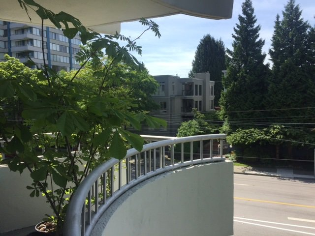 Main Photo: 303 4691 W 10TH AVENUE in Vancouver: Point Grey Condo for sale (Vancouver West)  : MLS®# R2173663