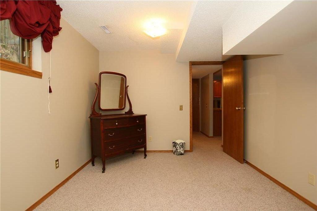 Photo 37: Photos: 2 WEST ANDISON Close: Cochrane House for sale : MLS®# C4141938