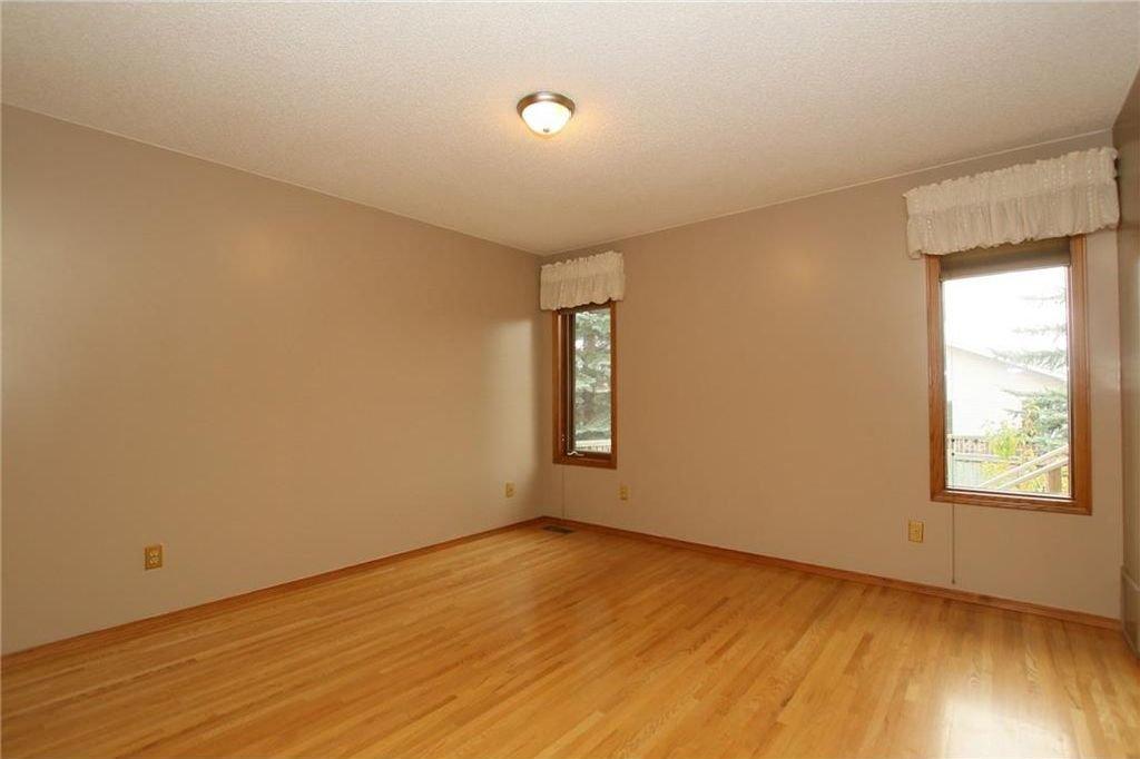 Photo 19: Photos: 2 WEST ANDISON Close: Cochrane House for sale : MLS®# C4141938