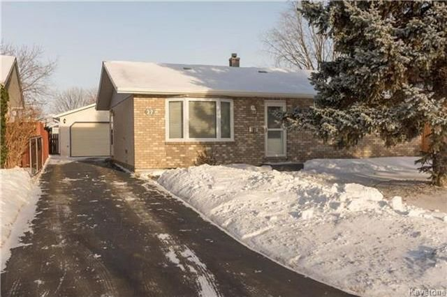 Main Photo: 27 Brixford Crescent in Winnipeg: Residential for sale (2E)  : MLS®# 1801070