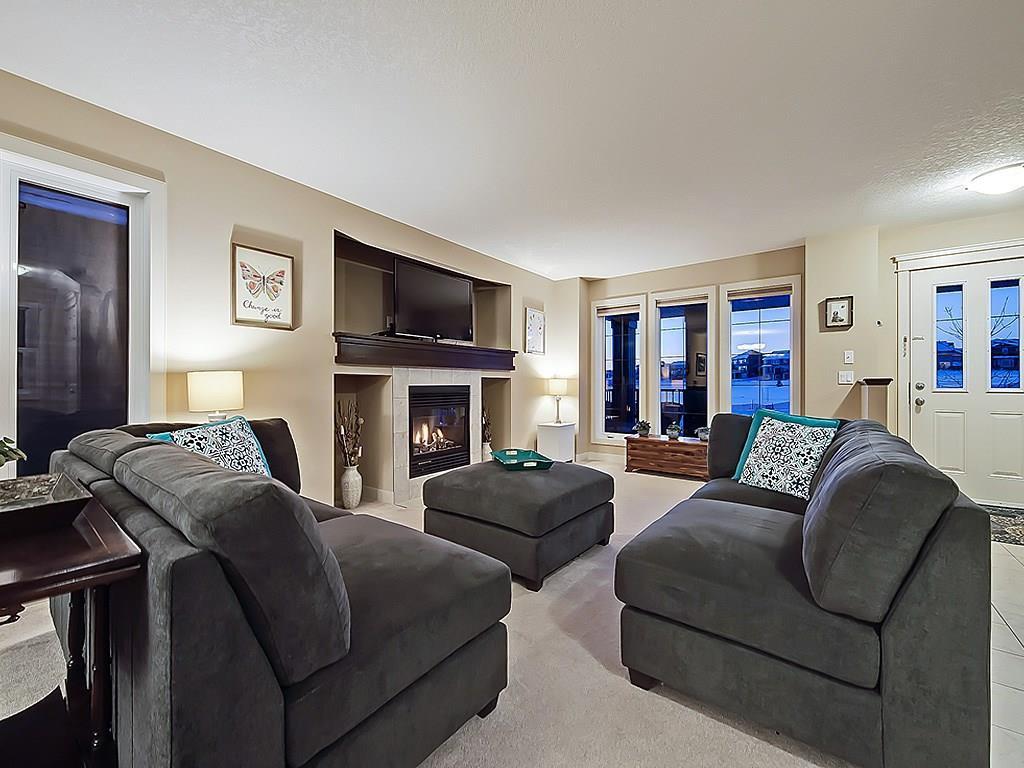 Photo 2: Photos: 251 EVANSTON Way NW in Calgary: Evanston House for sale : MLS®# C4171353