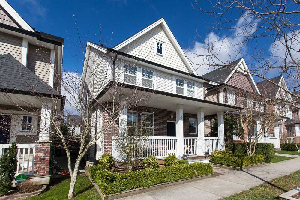 Main Photo: 6777 193B Street in Surrey: Clayton House for sale (Cloverdale)  : MLS®# R2253118