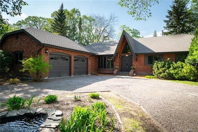 Main Photo: 649 Kilkenny Drive in Winnipeg: Fort Richmond Residential for sale (1K)  : MLS®# 1814104