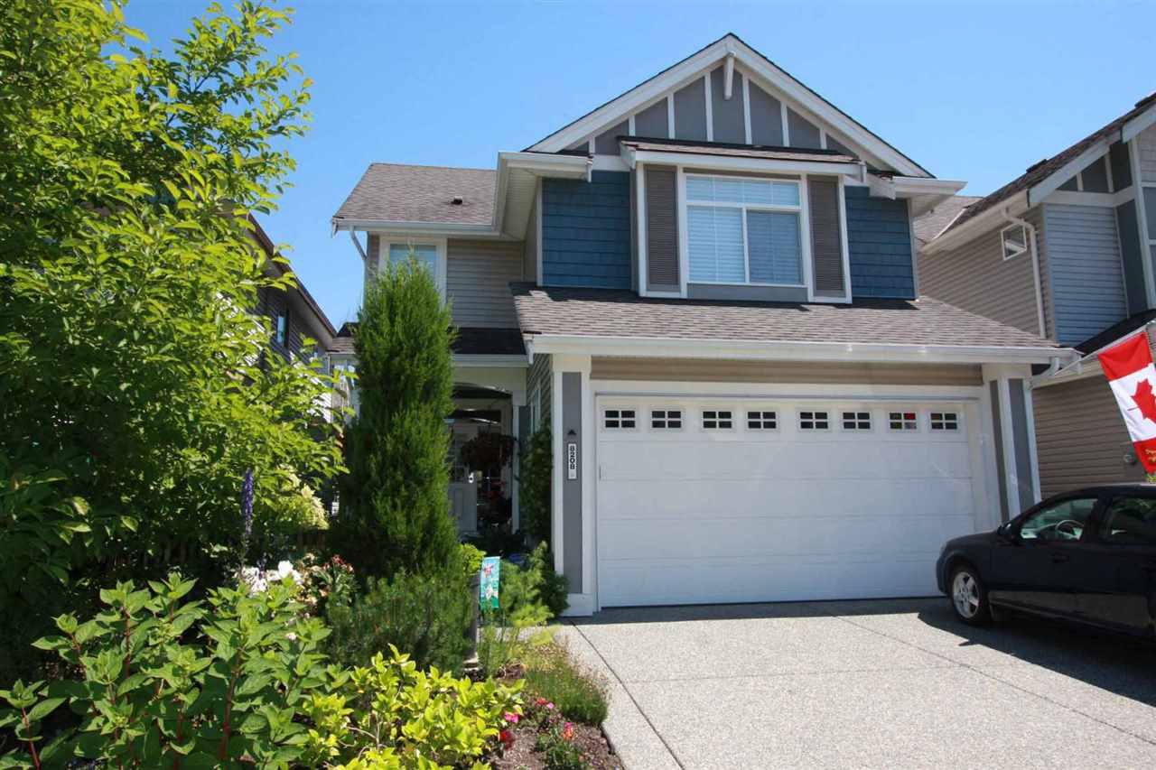 """Main Photo: 8208 211B Street in Langley: Willoughby Heights House for sale in """"Creekside at Yorkson"""" : MLS®# R2281129"""