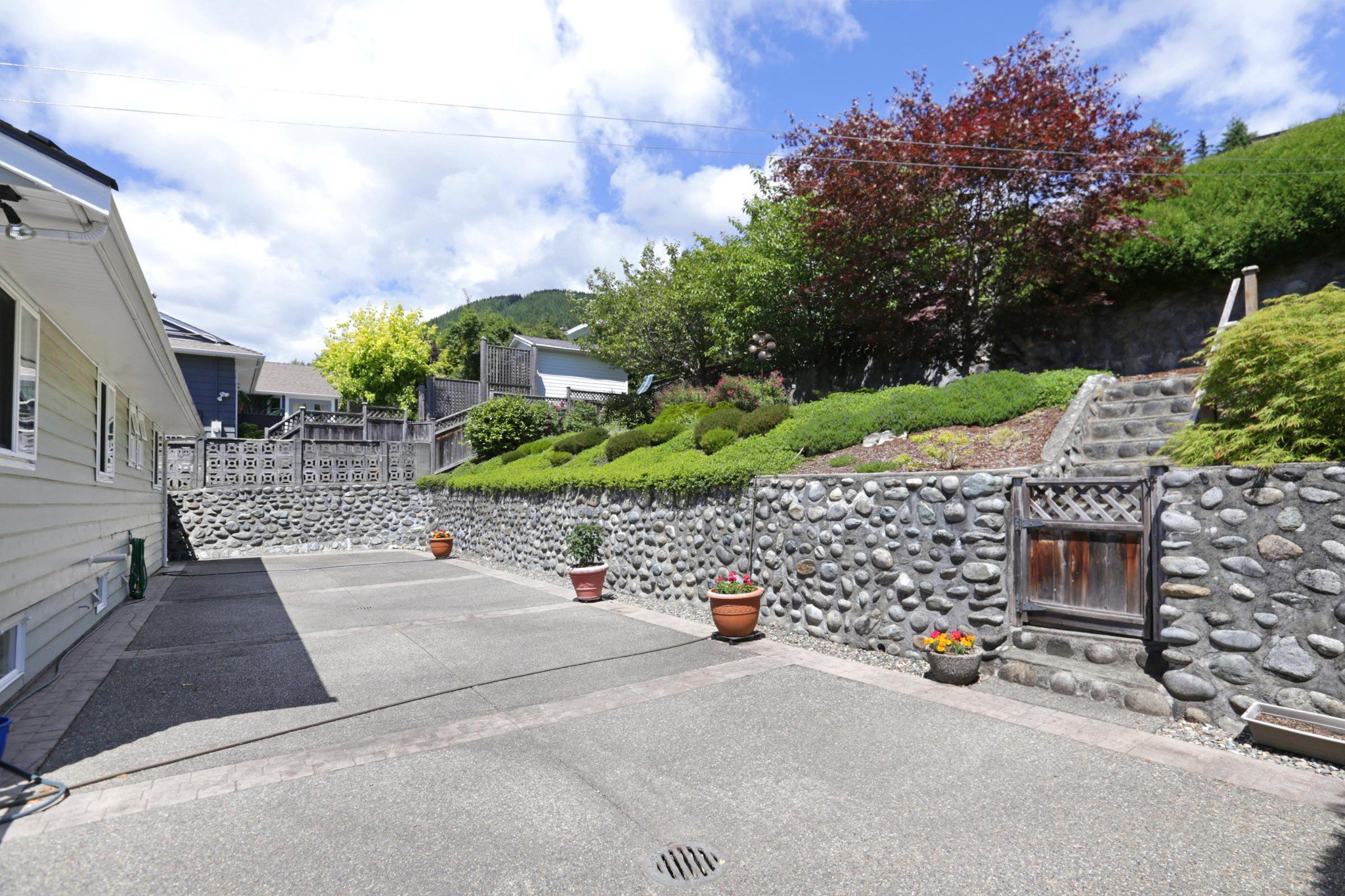 Photo 20: Photos: 372 VENTURA Crescent in North Vancouver: Upper Delbrook House for sale : MLS®# R2284717