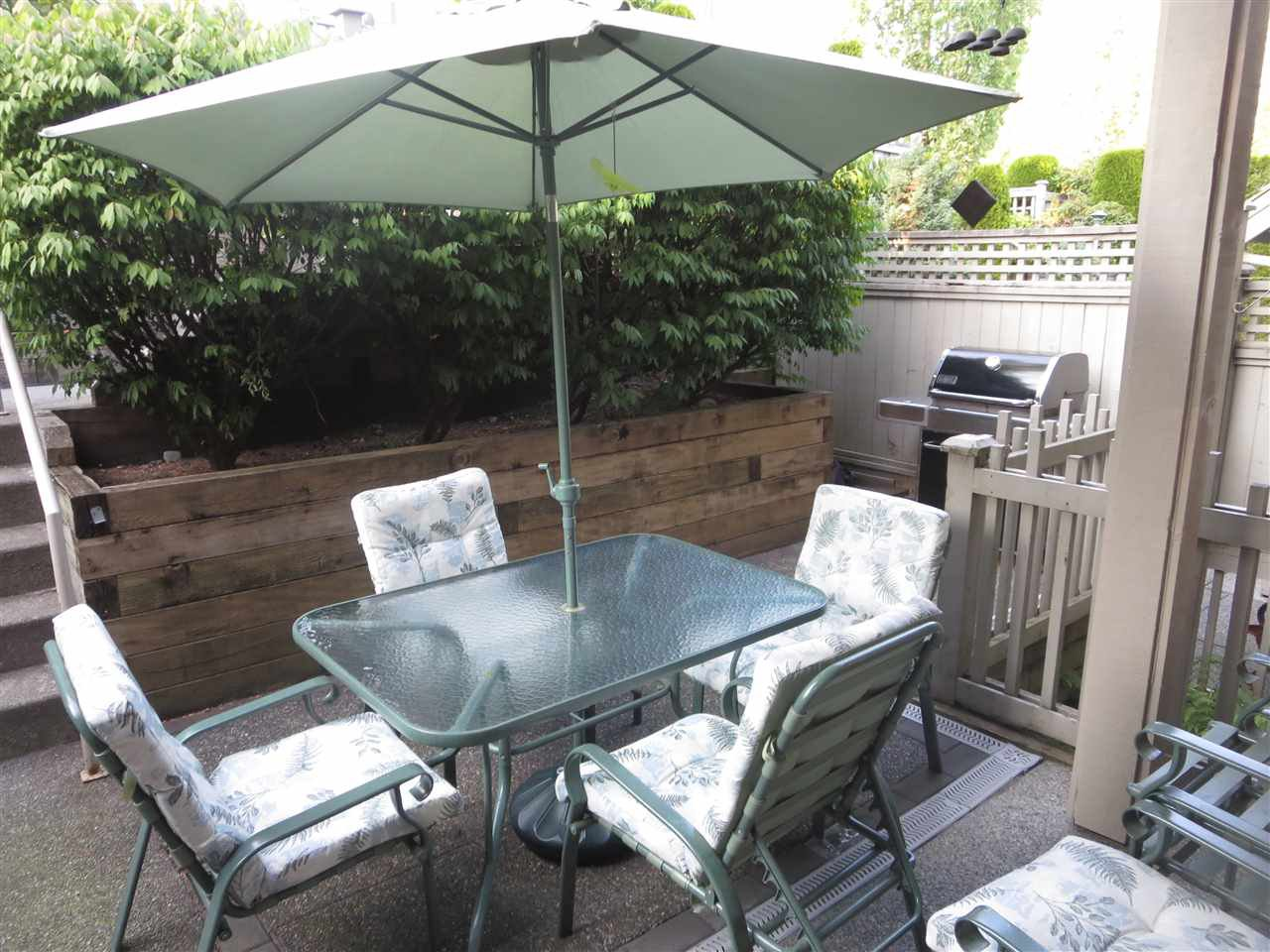 Photo 12: Photos: 2926 PANORAMA Drive in Coquitlam: Westwood Plateau Townhouse for sale : MLS®# R2293331