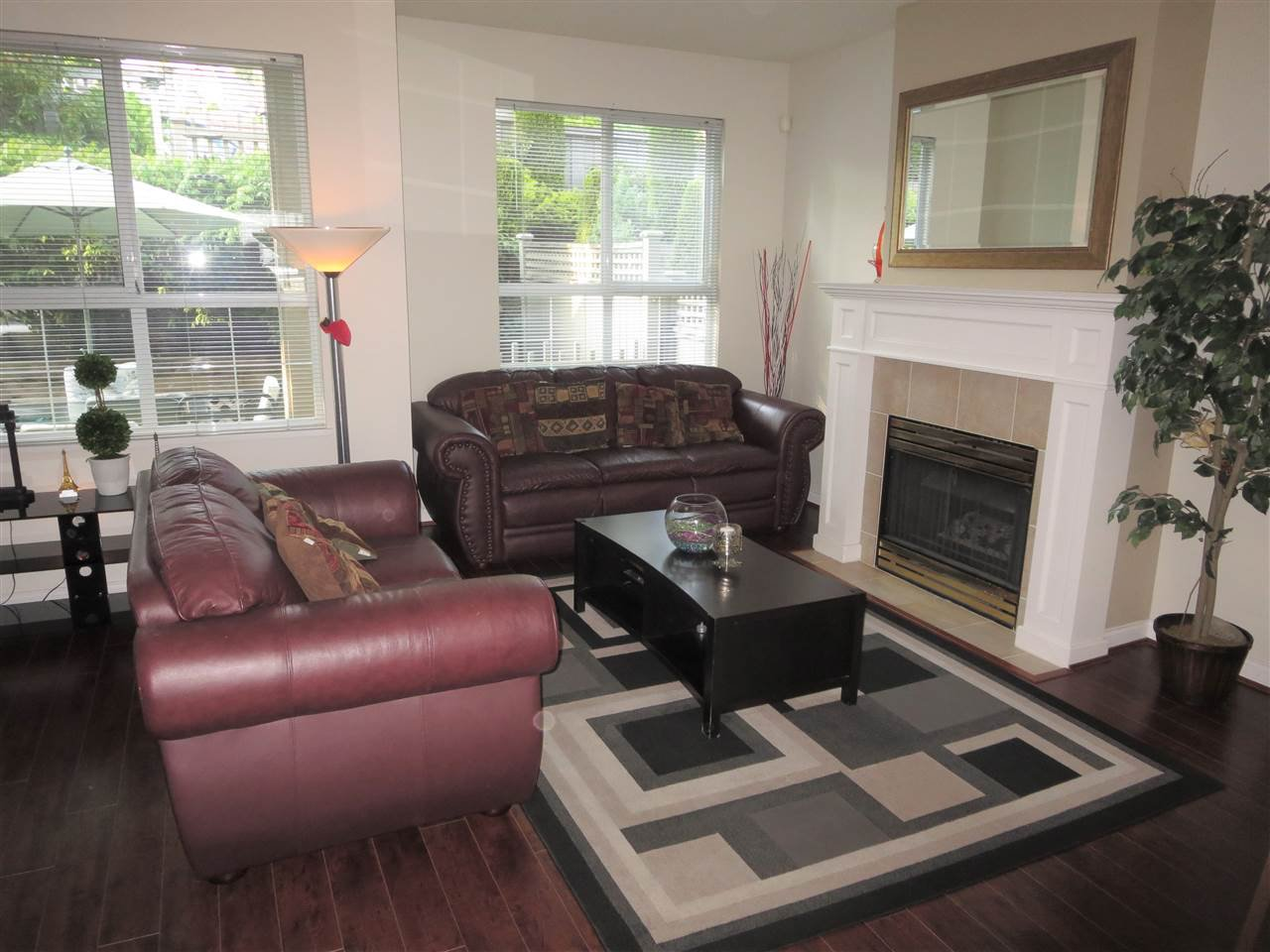 Photo 10: Photos: 2926 PANORAMA Drive in Coquitlam: Westwood Plateau Townhouse for sale : MLS®# R2293331