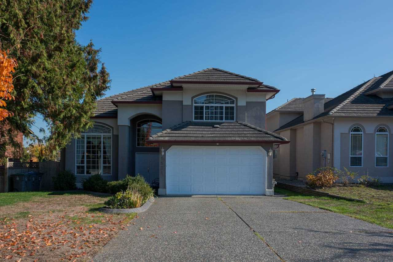 Main Photo: 9534 124 Street in Surrey: Queen Mary Park Surrey House for sale : MLS®# R2317432