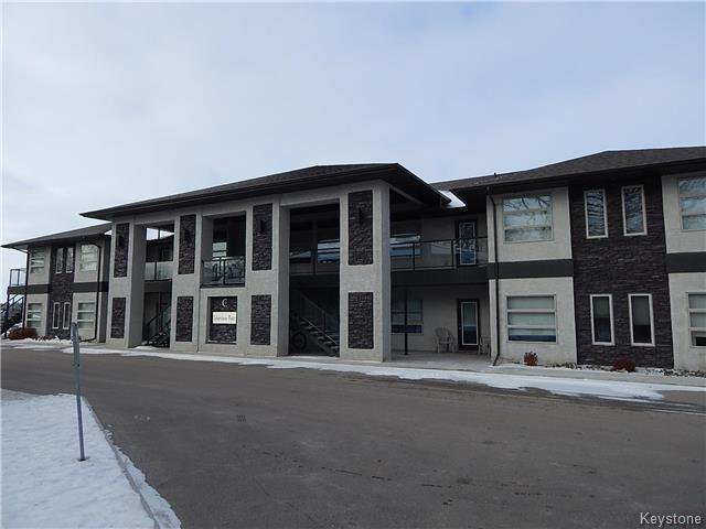 Main Photo: C1 1106 Dawson Road in Lorette: Condo for sale : MLS®# 1808253