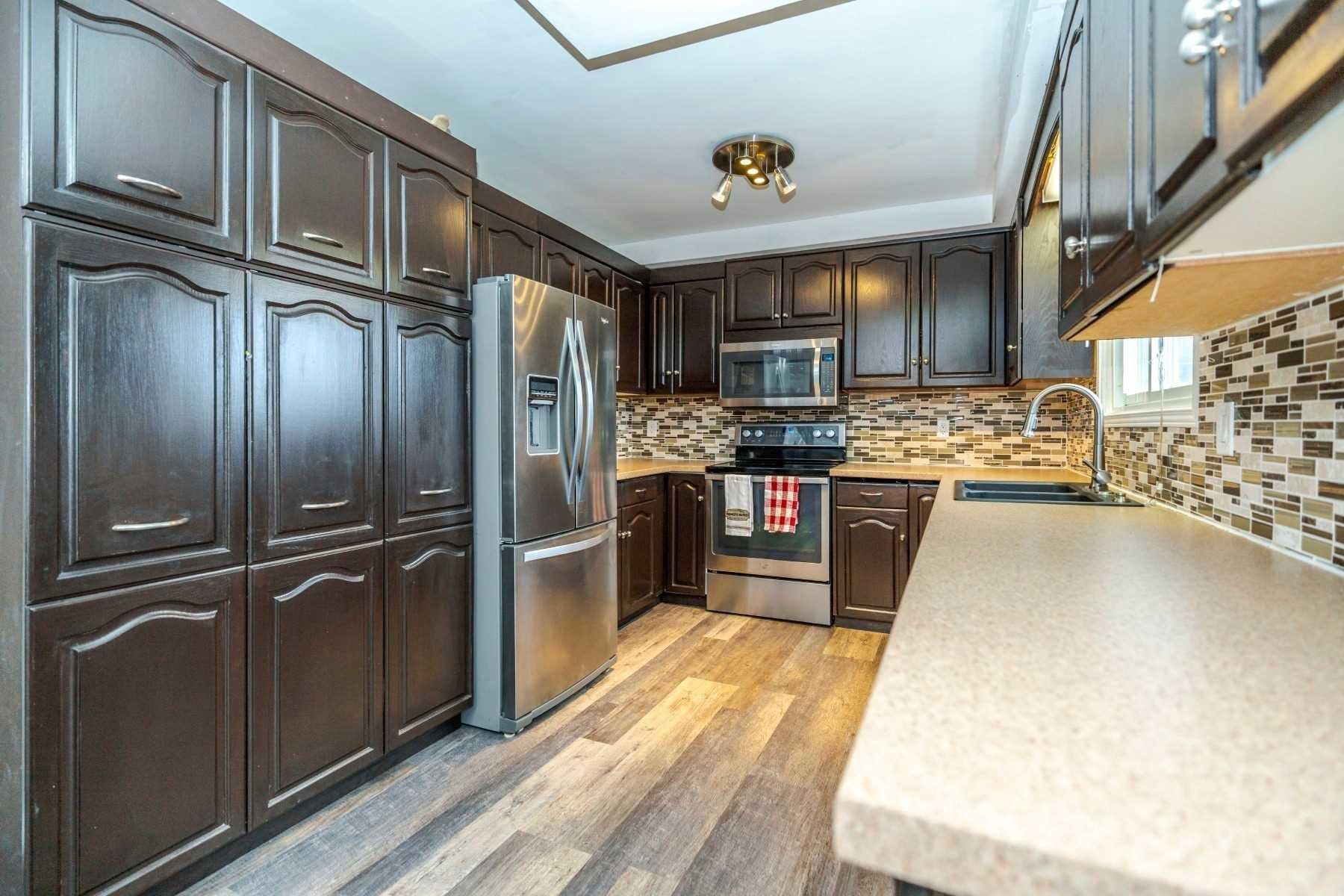 Photo 5: Photos: 190 N Church Street in Clarington: Orono House (Sidesplit 4) for sale : MLS®# E4463047
