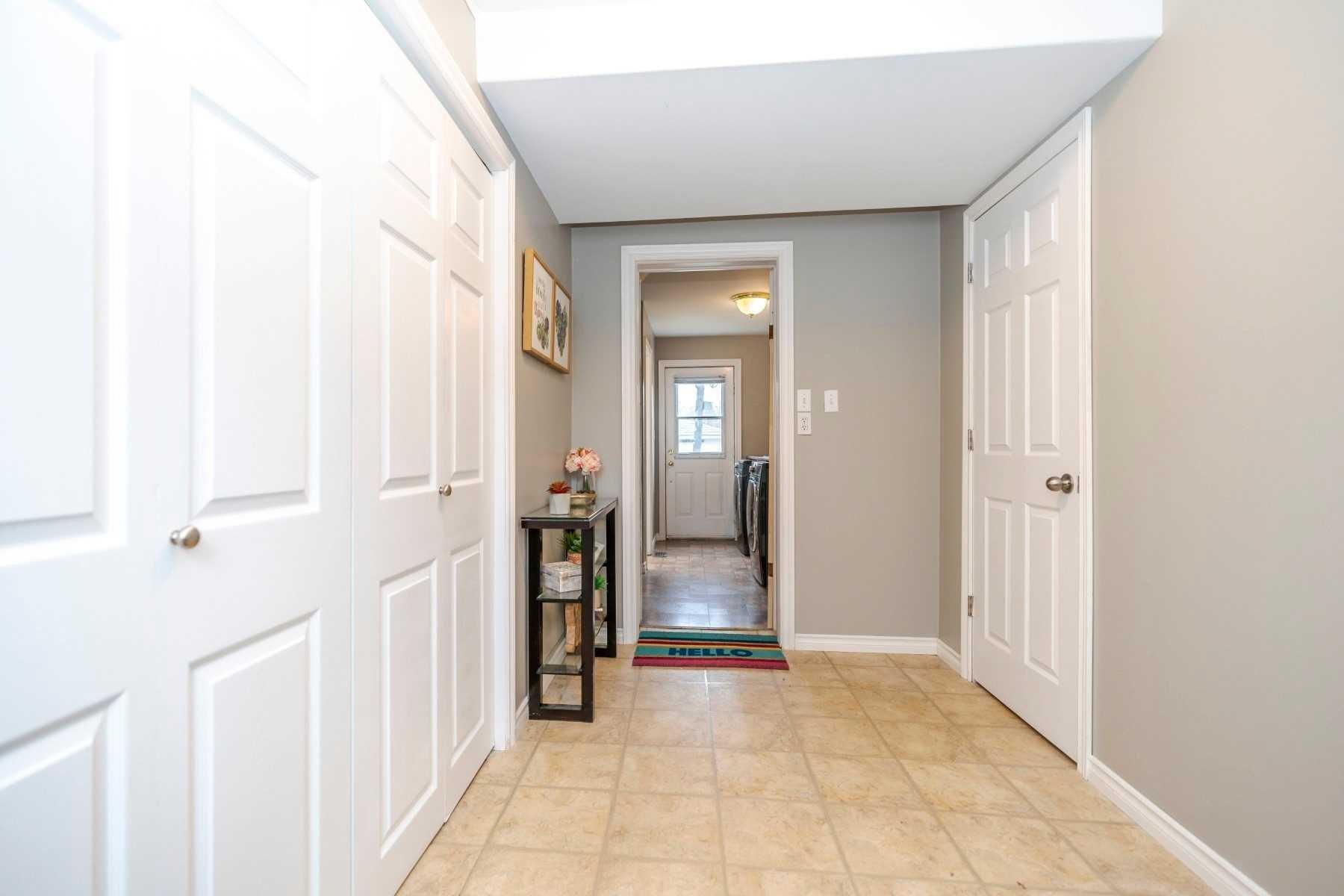 Photo 2: Photos: 190 N Church Street in Clarington: Orono House (Sidesplit 4) for sale : MLS®# E4463047