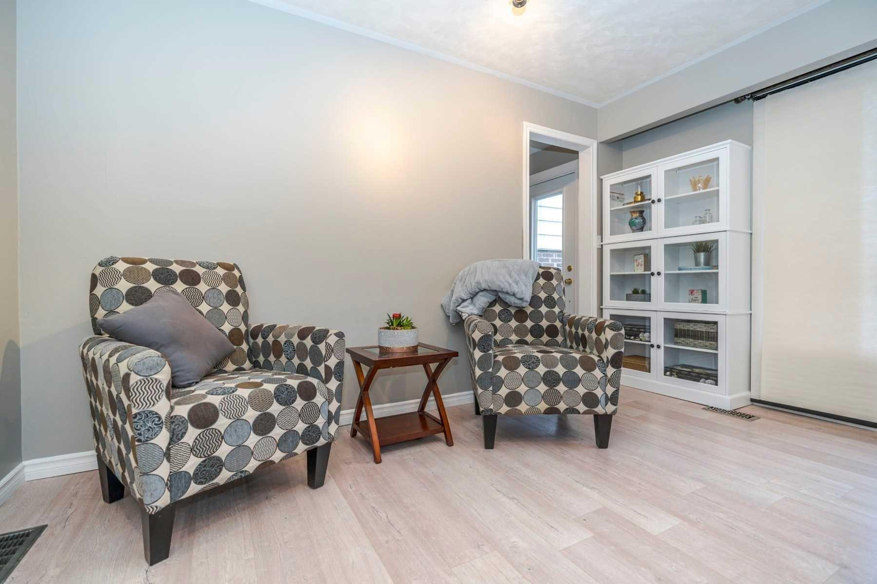 Photo 4: Photos: 190 N Church Street in Clarington: Orono House (Sidesplit 4) for sale : MLS®# E4463047