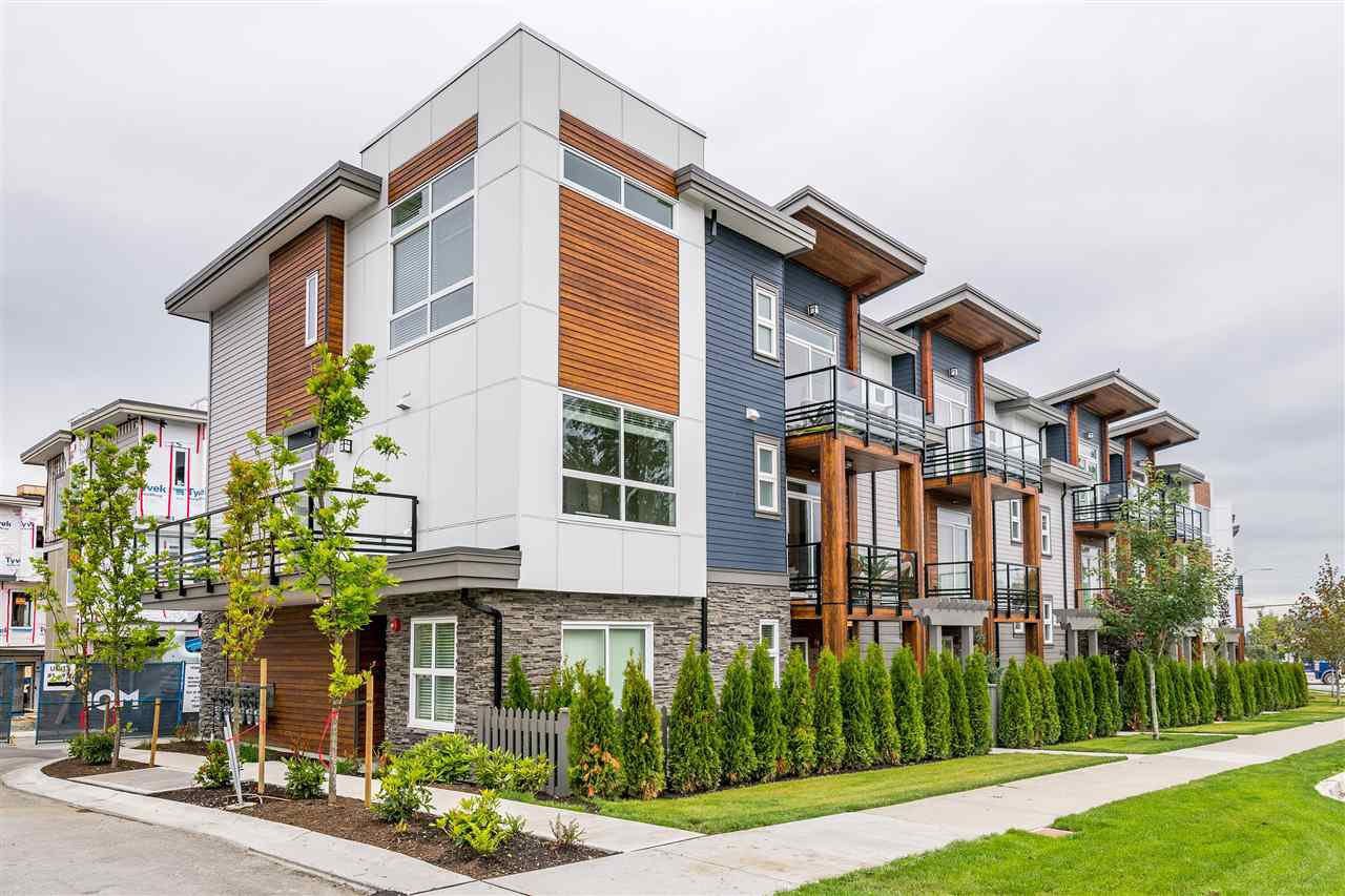 "Main Photo: 41 7947 209 Street in Langley: Willoughby Heights Townhouse for sale in ""Luxia"" : MLS®# R2384625"