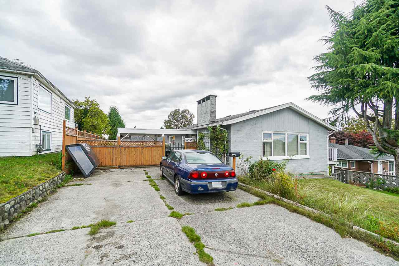 Main Photo: 10095 121A Street in Surrey: Cedar Hills House for sale (North Surrey)  : MLS®# R2408679