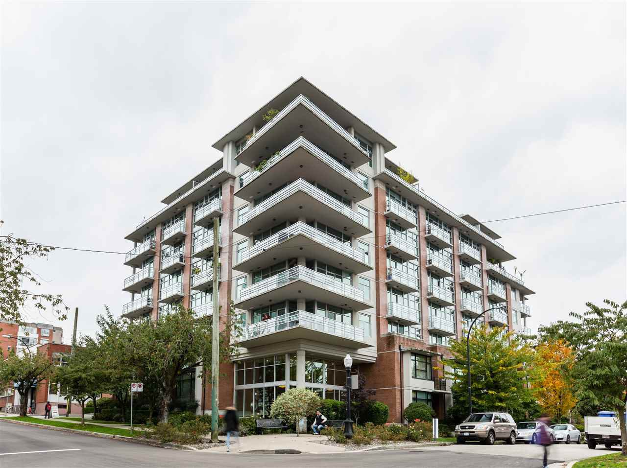 "Main Photo: 710 298 E 11TH Avenue in Vancouver: Mount Pleasant VE Condo for sale in ""The Sophia"" (Vancouver East)  : MLS®# R2420015"