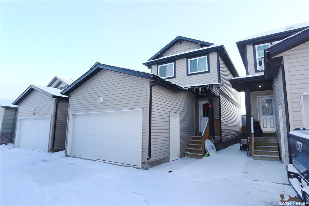 Main Photo: 25 207 McCallum Way in Saskatoon: Hampton Village Residential for sale : MLS®# SK795539