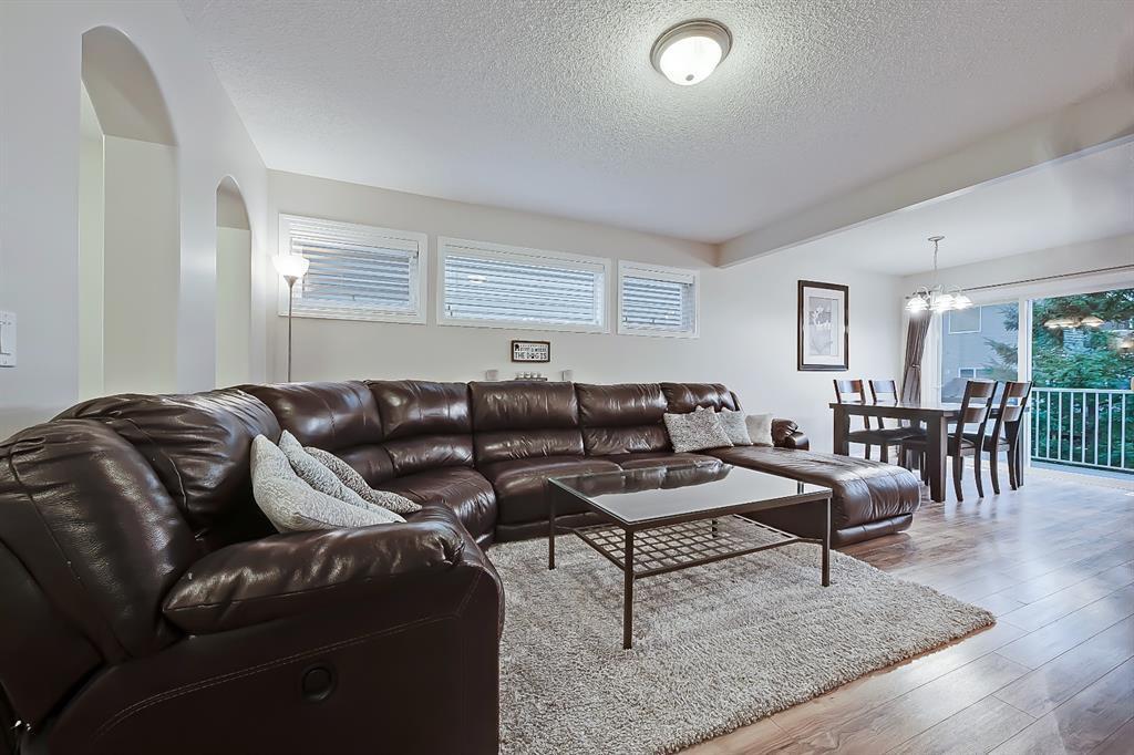 Photo 4: Photos: 73 Citadel Estates Manor NW in Calgary: Citadel Row/Townhouse for sale : MLS®# A1047176