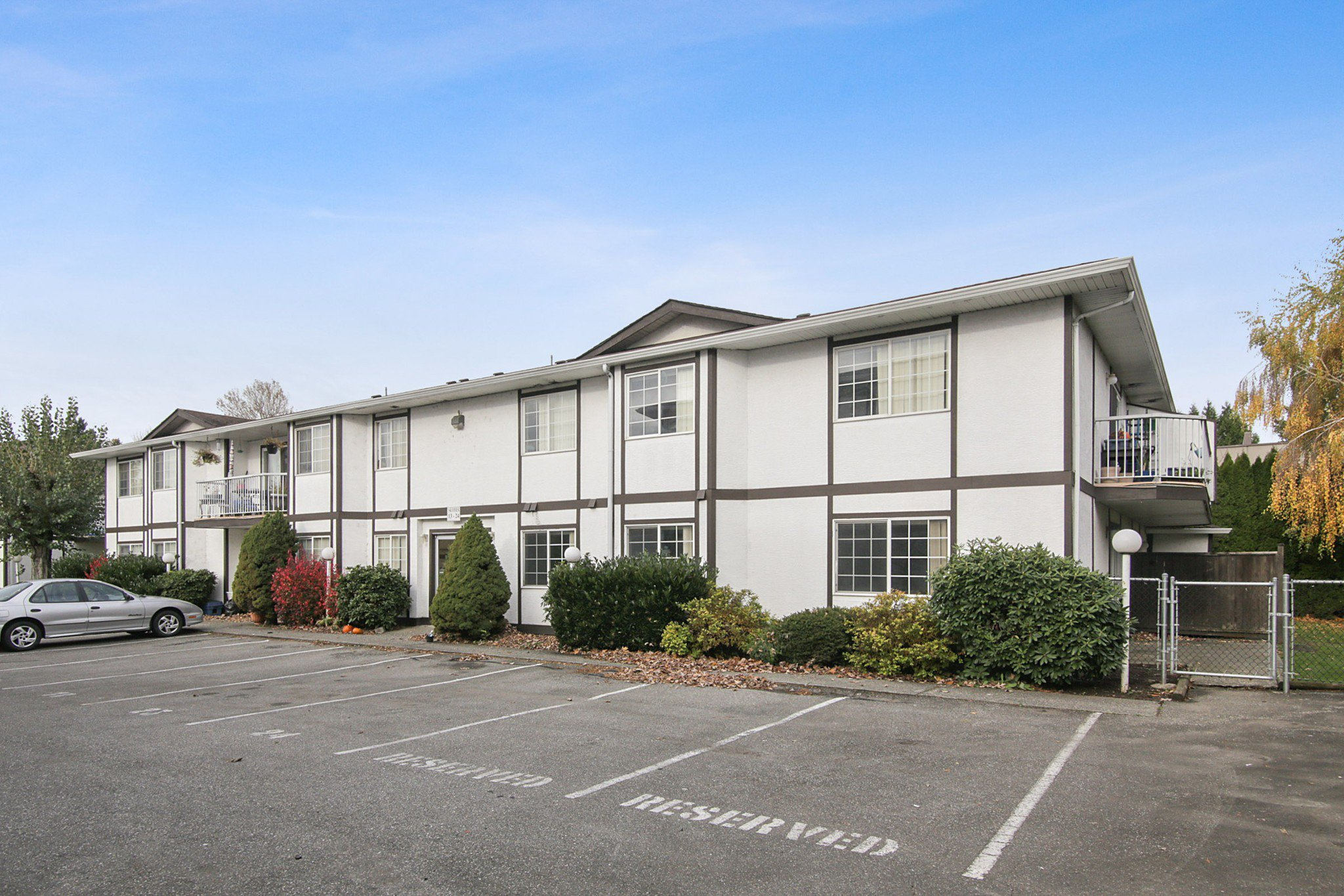 """Main Photo: 105B 45655 MCINTOSH Drive in Chilliwack: Chilliwack W Young-Well Condo for sale in """"McIntosh Place"""" : MLS®# R2515821"""