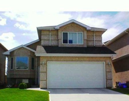 Main Photo: 91 Arpin Bay: Residential for sale (Island Lakes)  : MLS®# 2512077