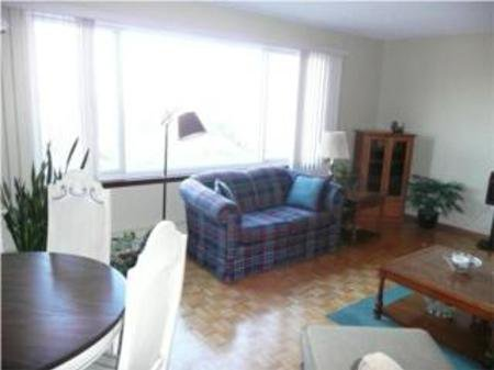 Photo 2: Photos: 10A - 300 Roslyn Road: Residential for sale (River Heights)  : MLS®# 1001494
