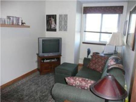 Photo 10: Photos: 10A - 300 Roslyn Road: Residential for sale (River Heights)  : MLS®# 1001494