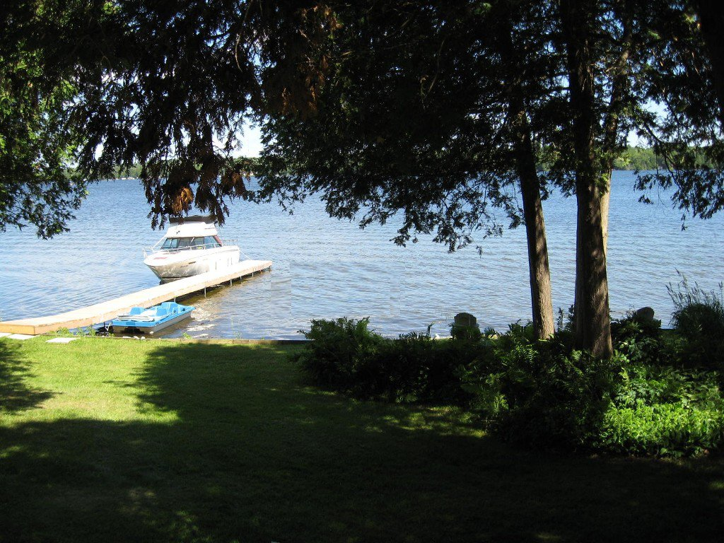 Photo 6: Photos: 100 Pinewood Boulevard in Kawartha Lakes: Freehold for sale