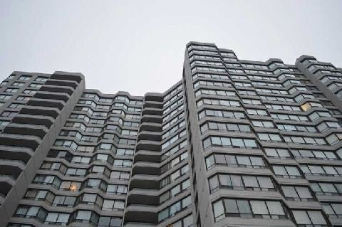 Main Photo: 9 350 Alton Towers Circle in Toronto: Milliken Condo for sale (Toronto E07)  : MLS®# E2794499