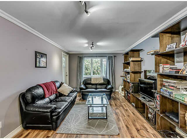 "Main Photo: 106 1122 KING ALBERT Avenue in Coquitlam: Central Coquitlam Condo for sale in ""KING ALBERT MANOR"" : MLS®# V1131632"