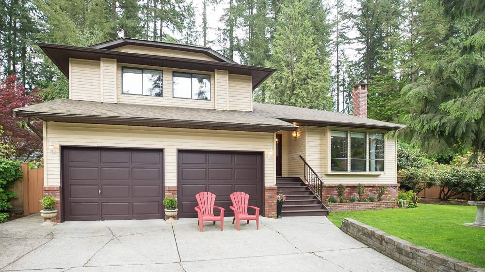 """Main Photo: 23740 59 Avenue in Langley: Salmon River House for sale in """"Tall Timbers"""" : MLS®# R2061802"""