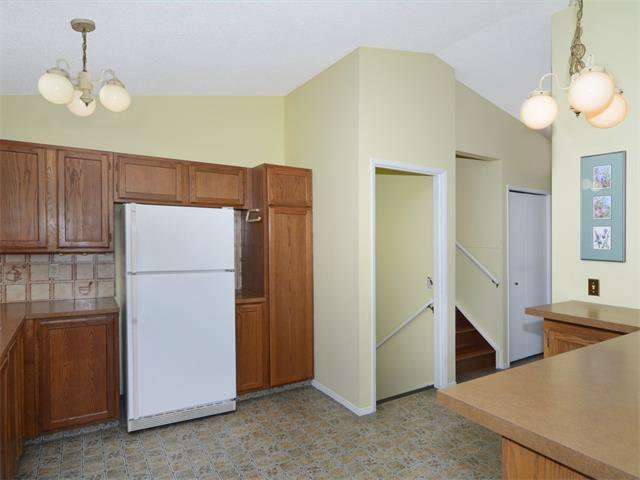 Photo 18: Photos: 1412 47 Street SW in Calgary: Westgate House for sale : MLS®# C4063121
