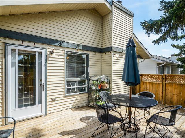 Photo 10: Photos: 1412 47 Street SW in Calgary: Westgate House for sale : MLS®# C4063121
