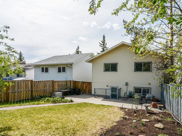Photo 39: Photos: 1412 47 Street SW in Calgary: Westgate House for sale : MLS®# C4063121