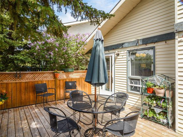 Photo 11: Photos: 1412 47 Street SW in Calgary: Westgate House for sale : MLS®# C4063121