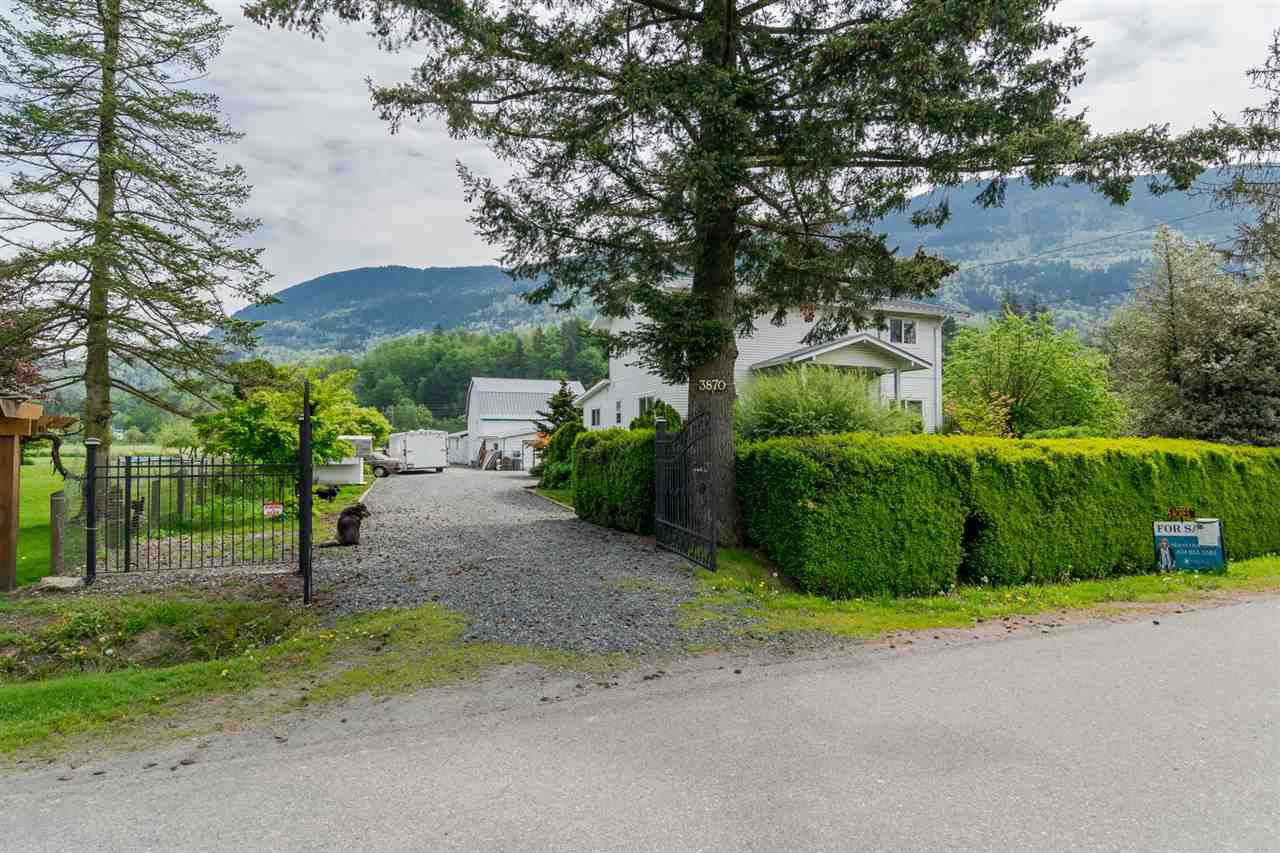 Main Photo: 3870 STEWART Road: Yarrow House for sale : MLS®# R2165934