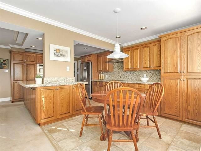 Photo 8: Photos: 5720 MONARCH Street in Burnaby: Deer Lake Place House for sale (Burnaby South)  : MLS®# R2230895