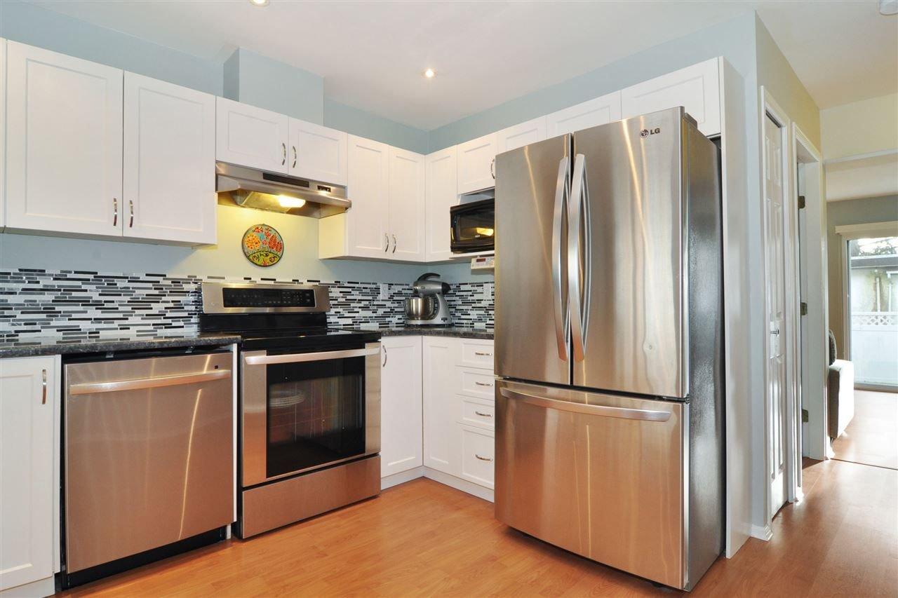 Main Photo: 2 11870 232 Street in Maple Ridge: Cottonwood MR Townhouse for sale : MLS®# R2233964