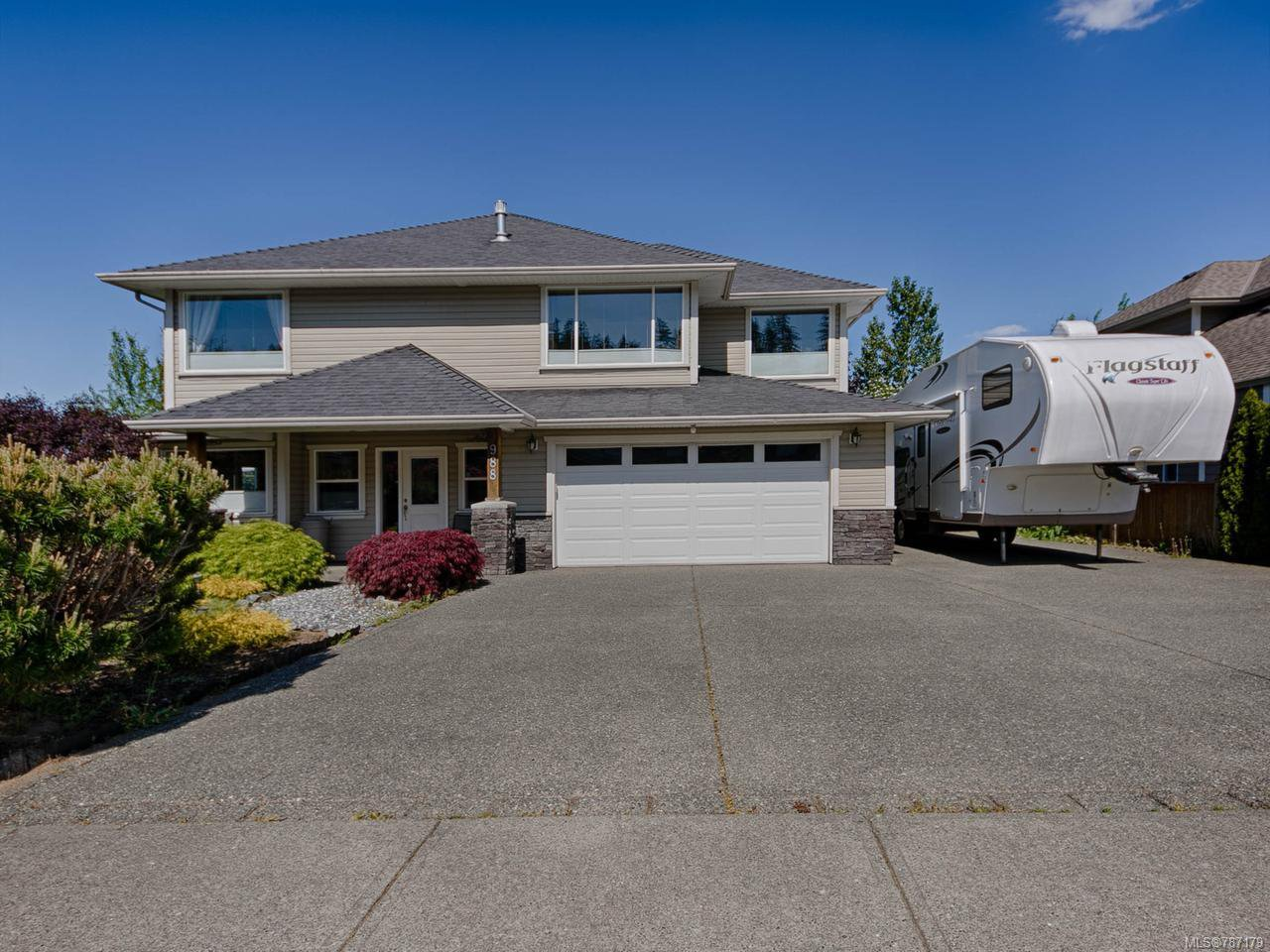 Main Photo: 988 Holm Rd in CAMPBELL RIVER: CR Willow Point House for sale (Campbell River)  : MLS®# 787179