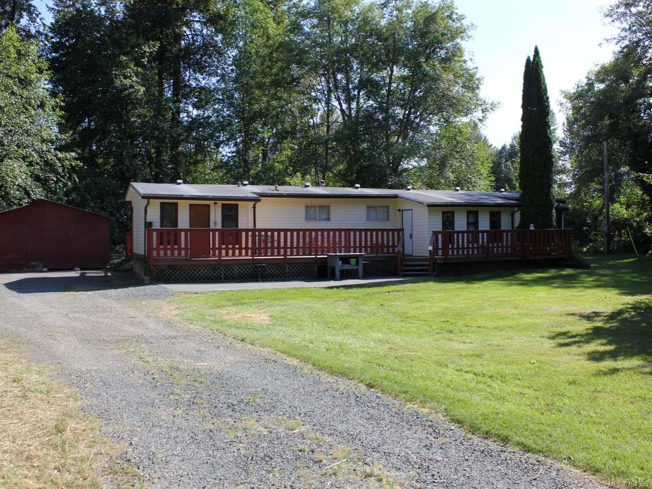 Main Photo: 9315 DOYLE ROAD in BLACK CREEK: CV Merville Black Creek Manufactured Home for sale (Comox Valley)  : MLS®# 794305