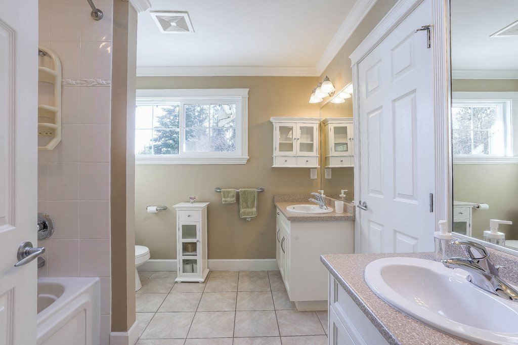 Photo 13: Photos: 5 EAGLE Drive in Port Moody: Heritage Mountain House for sale : MLS®# R2341923