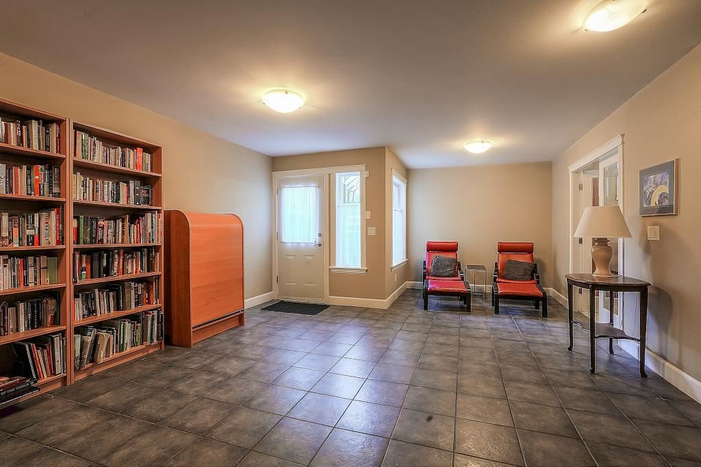 Photo 15: Photos: 5 EAGLE Drive in Port Moody: Heritage Mountain House for sale : MLS®# R2341923