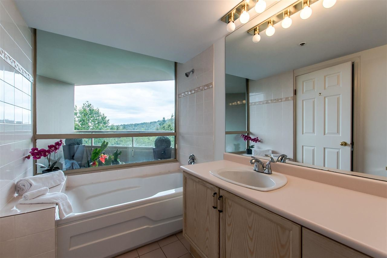 "Photo 13: Photos: 603 728 FARROW Street in Coquitlam: Coquitlam West Condo for sale in ""The Victoria"" : MLS®# R2387185"