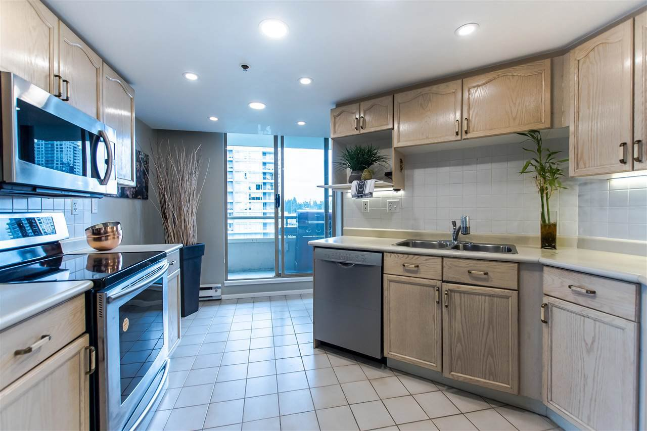"Photo 9: Photos: 603 728 FARROW Street in Coquitlam: Coquitlam West Condo for sale in ""The Victoria"" : MLS®# R2387185"
