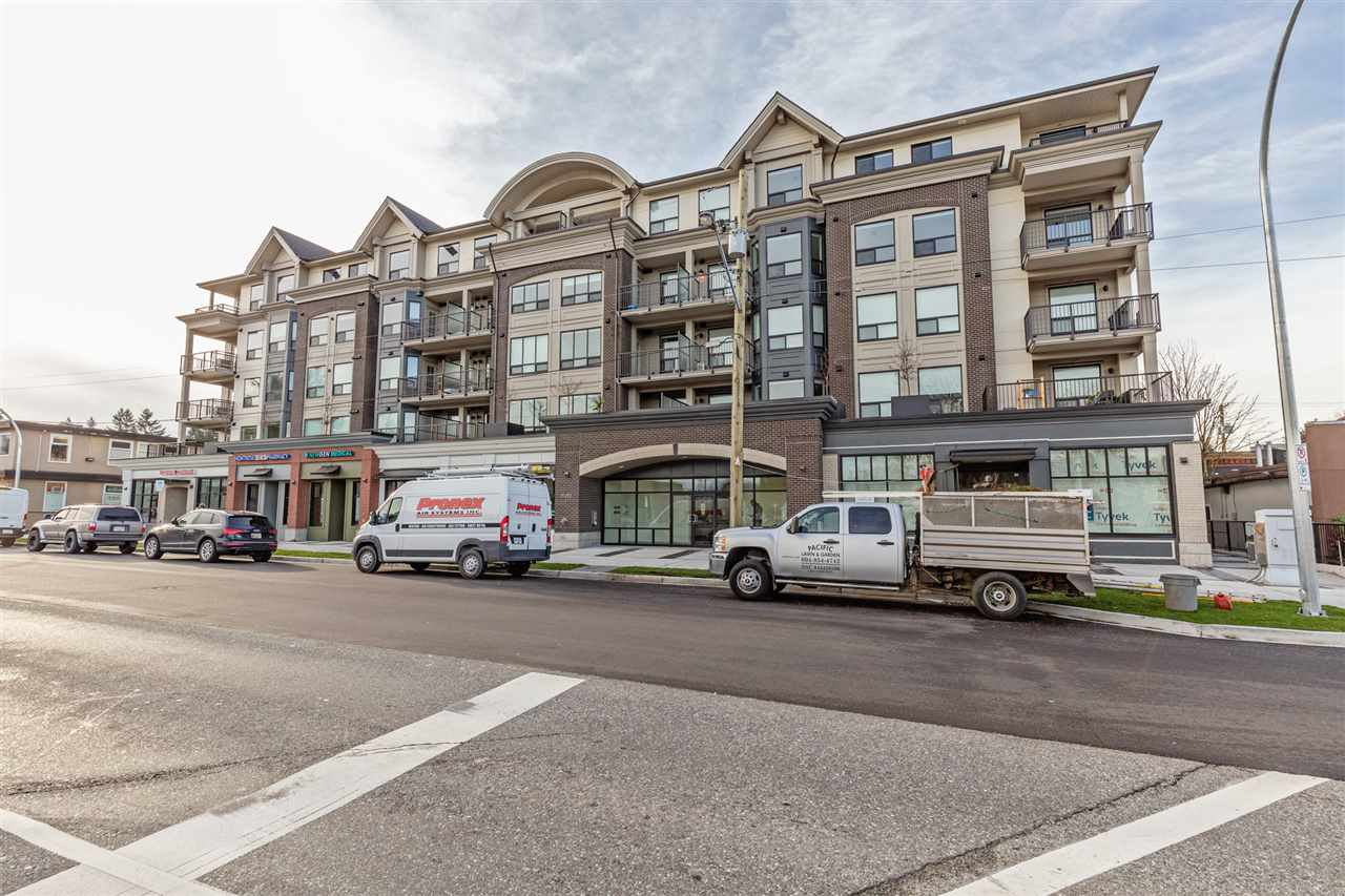 "Main Photo: 218 2493 MONTROSE Avenue in Abbotsford: Central Abbotsford Condo for sale in ""UPPER MONTROSE"" : MLS®# R2527942"