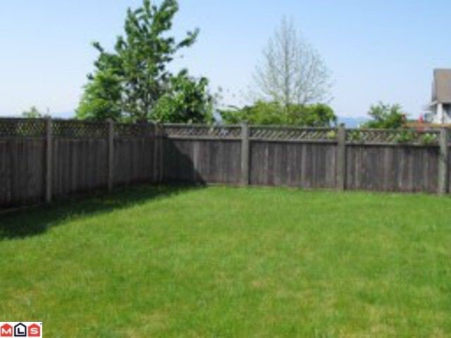 """Photo 10: Photos: 3741 OLD CLAYBURN Road in Abbotsford: Abbotsford East House for sale in """"Abbotsford East"""" : MLS®# F1110421"""