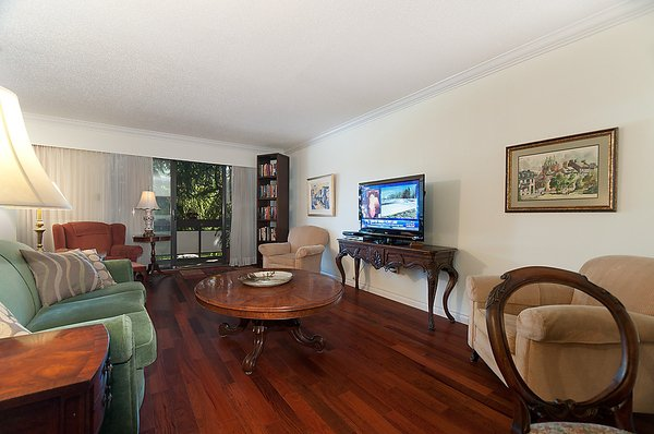 """Photo 6: Photos: 206 1425 CYPRESS Street in Vancouver: Kitsilano Condo for sale in """"CYPRESS WEST"""" (Vancouver West)  : MLS®# V902622"""