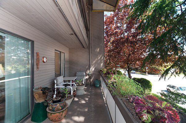 """Photo 9: Photos: 206 1425 CYPRESS Street in Vancouver: Kitsilano Condo for sale in """"CYPRESS WEST"""" (Vancouver West)  : MLS®# V902622"""