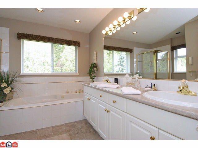 "Photo 8: Photos: 12411 57B Avenue in Surrey: Panorama Ridge House for sale in ""PANORAMA RIDGE"" : MLS®# F1119969"